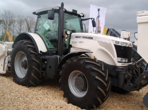 brugt traktor, traktor nyhed, Massey Ferguson 8680, Dyne-VT